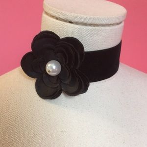 Jewelry - Velvet Flower Choker